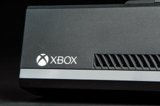 microsoft xbox one review macro logo