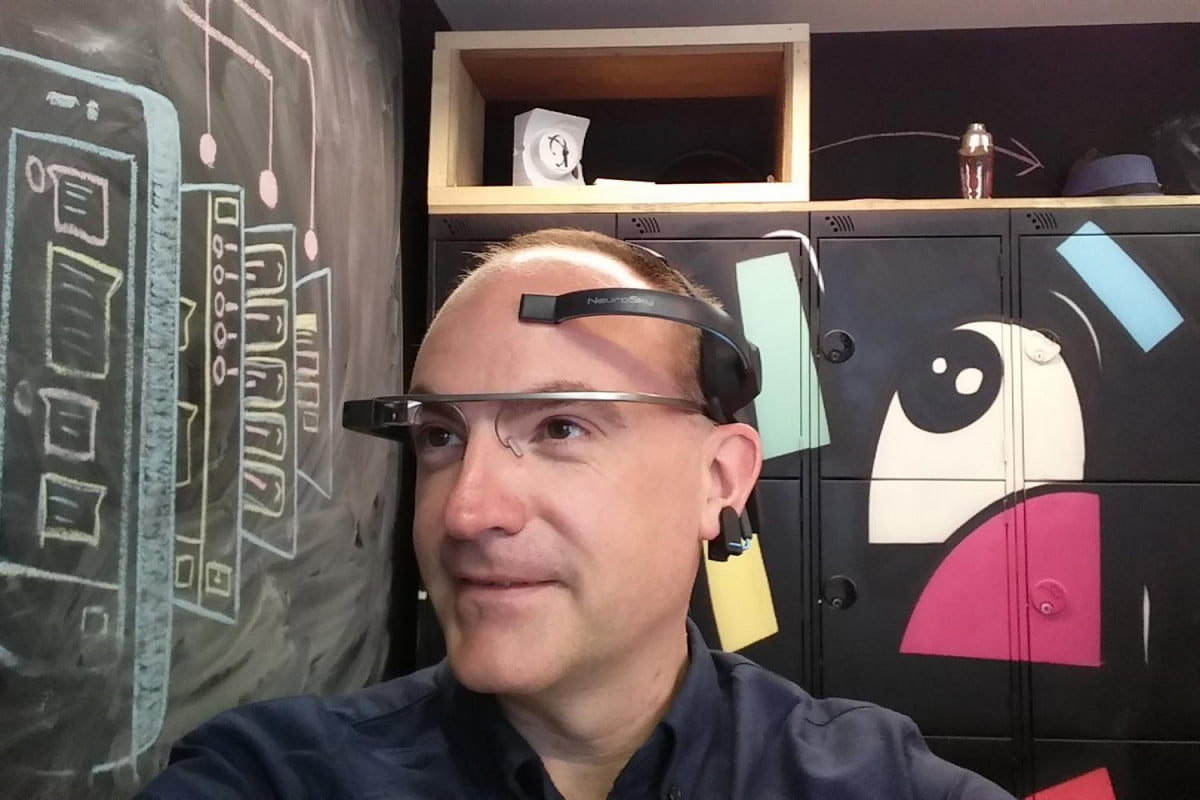 mindrdr controlling google glass with your mind
