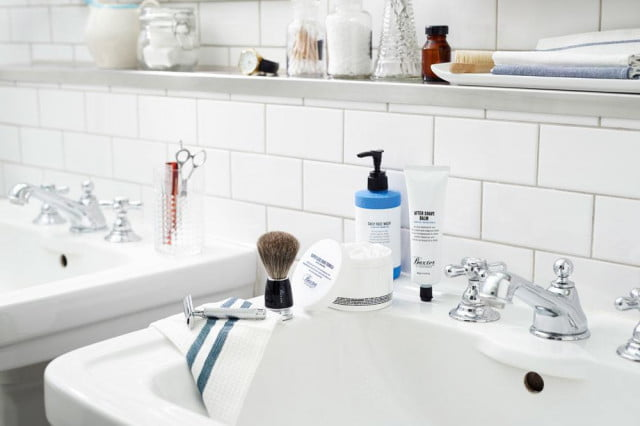 Minimize bathroom clutter with these multi-use marvels