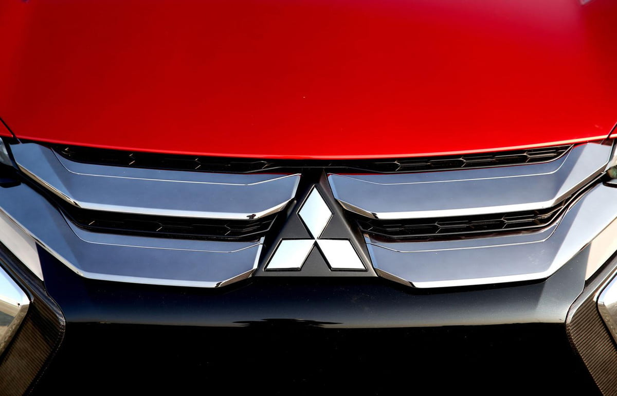 mitsubishi president to resign over fuel economy cheating scandal report says xr phev