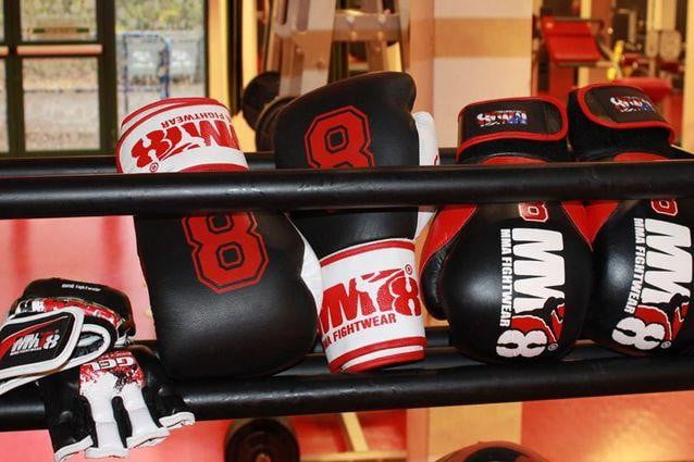 MM8 gloves selection
