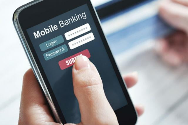 banks track loan applicants web use mobile banking