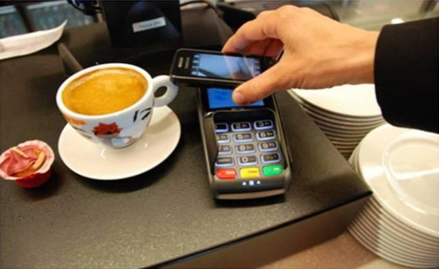 currentc fines retailers allow nfc payments google wallet apple pay mobile payment  ( )