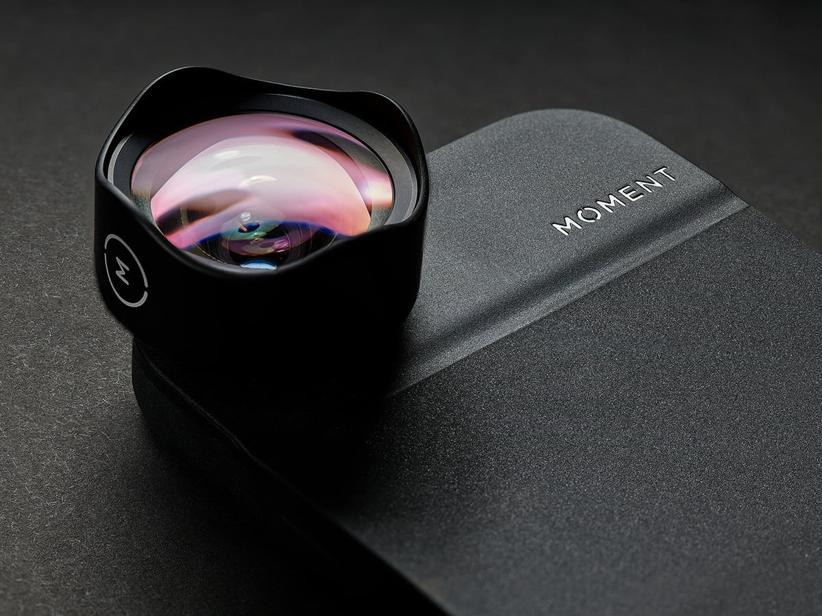 moment partners with apple to sell premium iphone lenses at retail shops