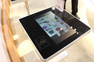 Moneual Touch table
