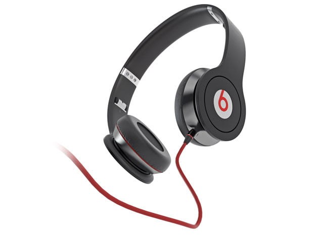 beats by dr dre solo review digital trends. Black Bedroom Furniture Sets. Home Design Ideas