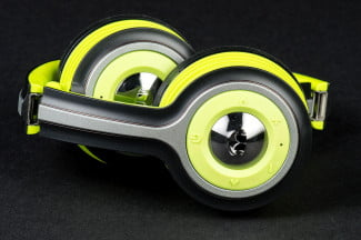 Monster iSport Freedom side compact
