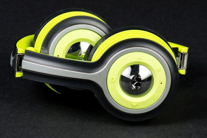 monster isport freedom review side compact