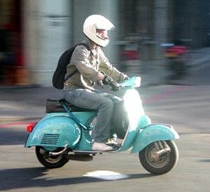 moped-rider