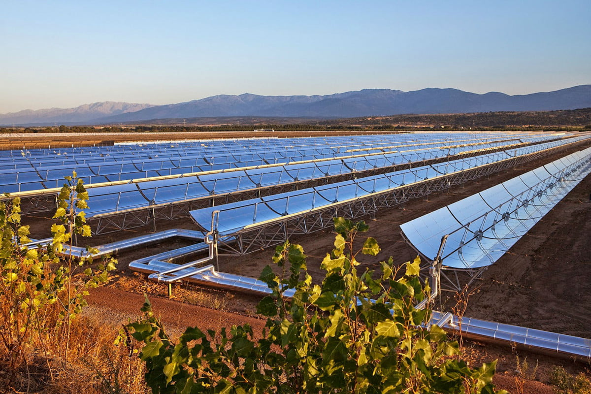 worlds largest solar power plant ouarzazate morocco concentrated