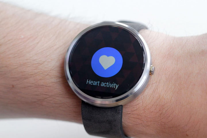 Moto 360 Watch heart activity