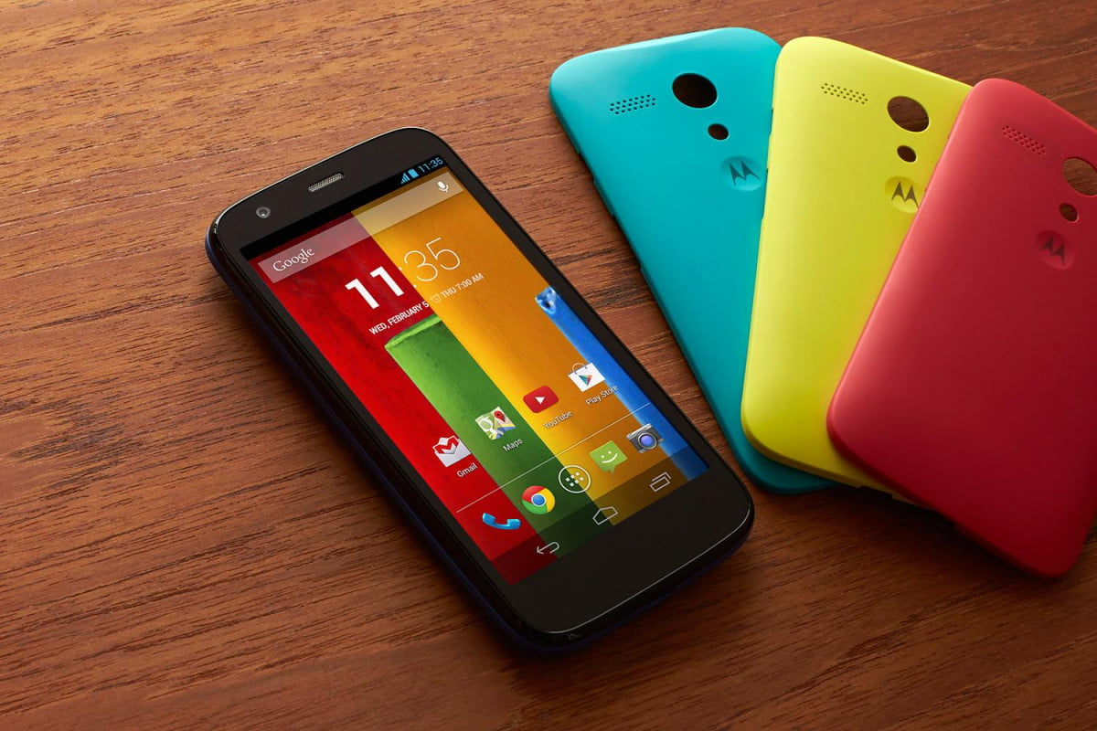 moto g iphone  c will change cheap phones forever desk cases