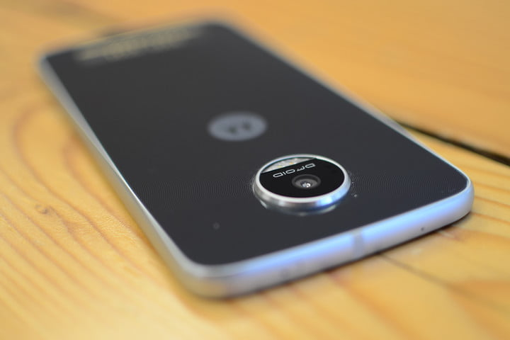 lenovo moto z play droid hands on and hasselblad mod