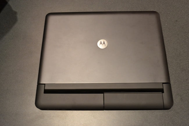 motorola-atrix-laptop-alone-ces-2011