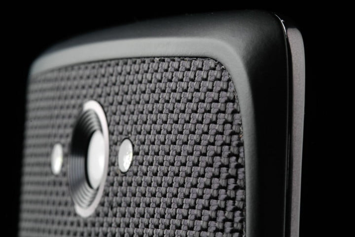 motorola droid turbo review top back