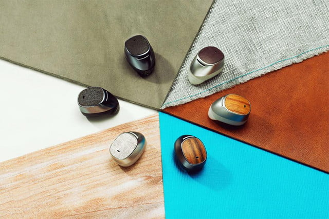 motorola reinvents bluetooth headset moto hint earpiece