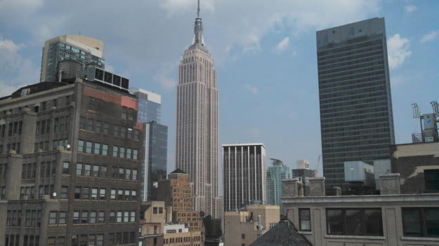 Motorola Photon Q 4G LTE Review camera sample empire state building android slider phone