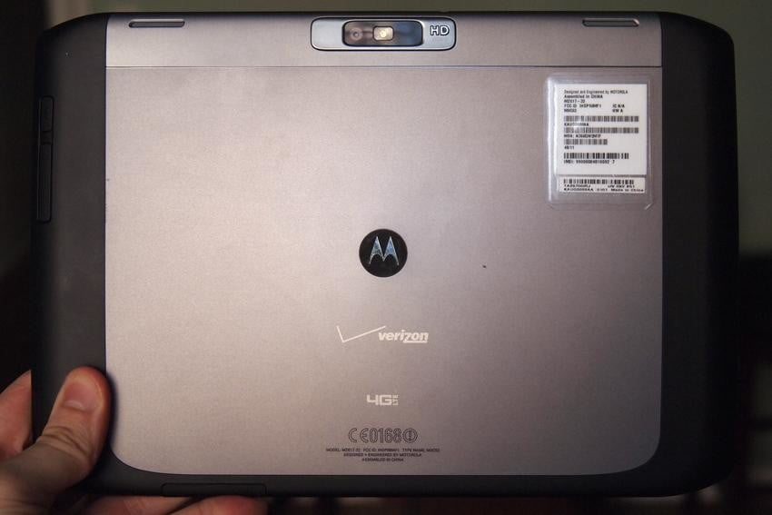 motorola-xyboard-10.1-design-rear-camera