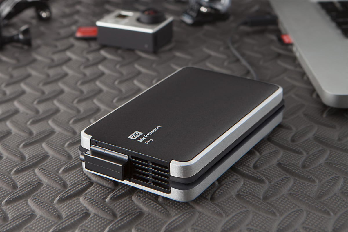 western digital casts down my passport pro the first thunderbolt powered portable dual external hard drive