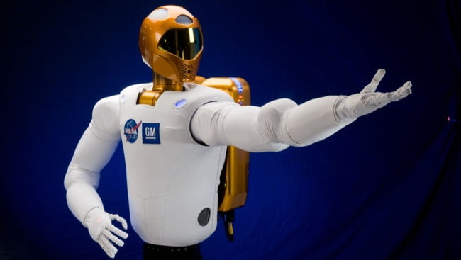 nasa-robonaut-2-come-here-space-android-robot