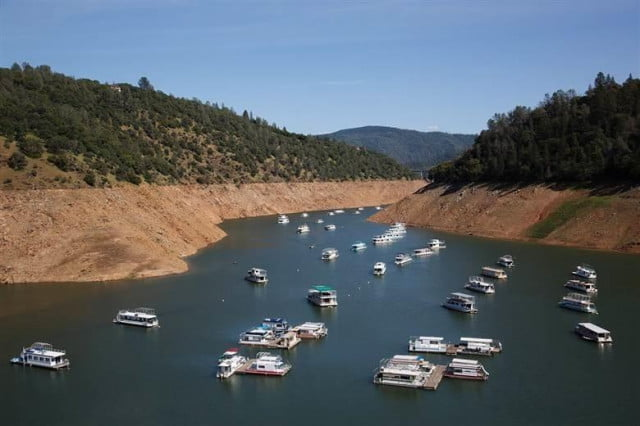 drone video of low water level shows droughts effect on californias reservoirs nbcnews lakeoroville