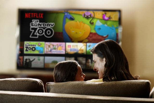netflix could top  million international subscribers by lifestyle family