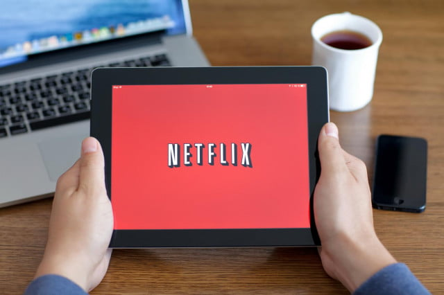 netflix australian internet usage spike  percent tablet