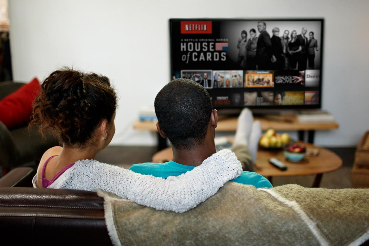 netflix traffic pack leading  percent lifestyle house of cards