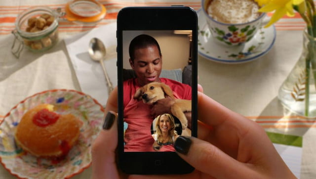 snapchat introduces mobile messaging video chat fold new