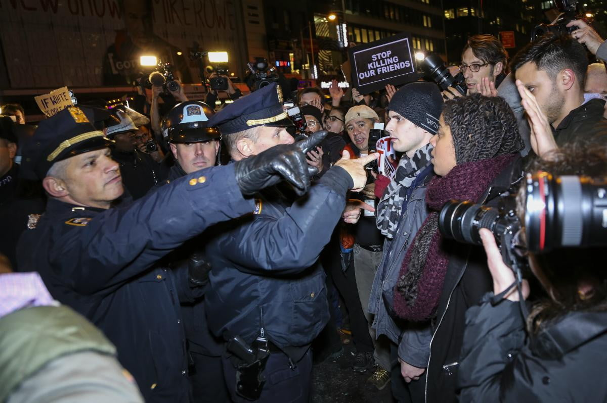 swat app allows report live stream footage police brutality new york eric garner protest