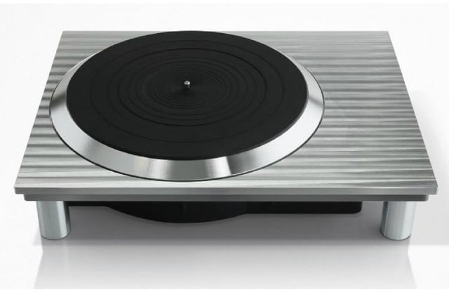 iconic brand technics will produce turntables once again new turntable