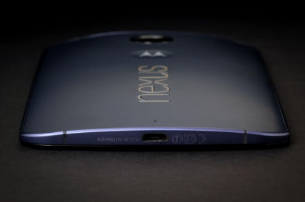 NEXUS 6 bottom