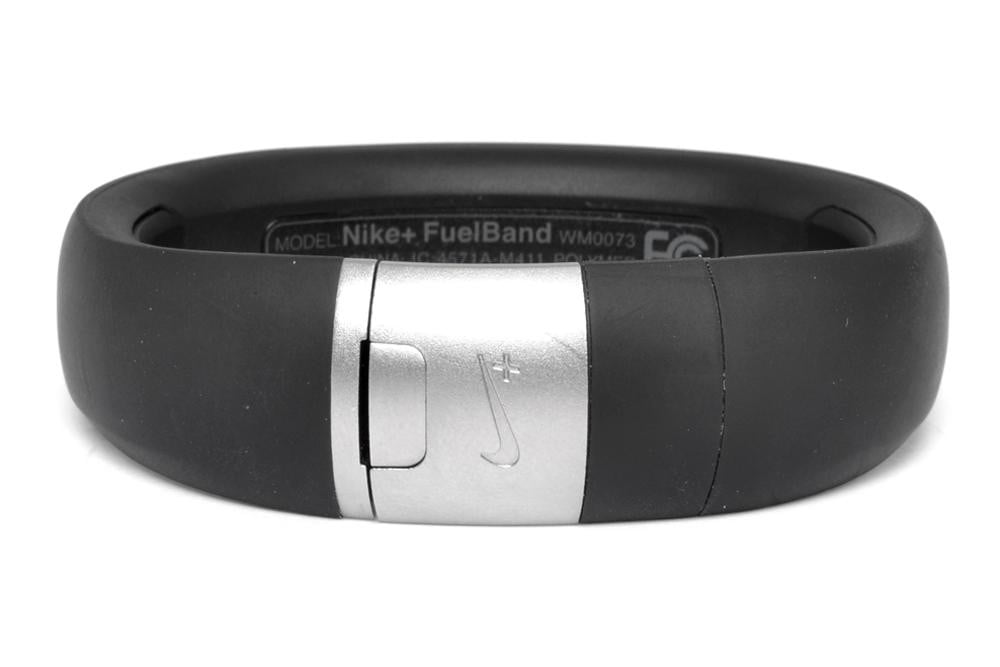 nike+-fuelband-review-rear-latch