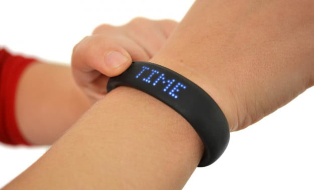 nike+-fuelband-review-wrist-time