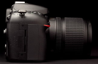 Nikon-7100-review-right-side-lens