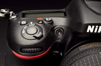 Nikon-7100-review-top-front-angle