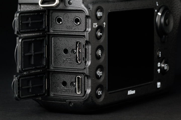 nikon d  review right side ports