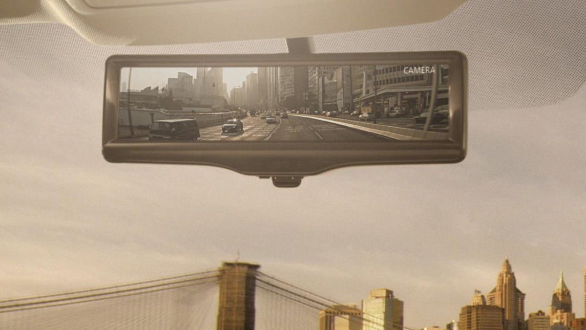 nissan changes look rear view mirror smart rearview