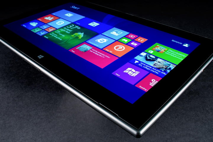 Nokia Lumia 2520 review corner