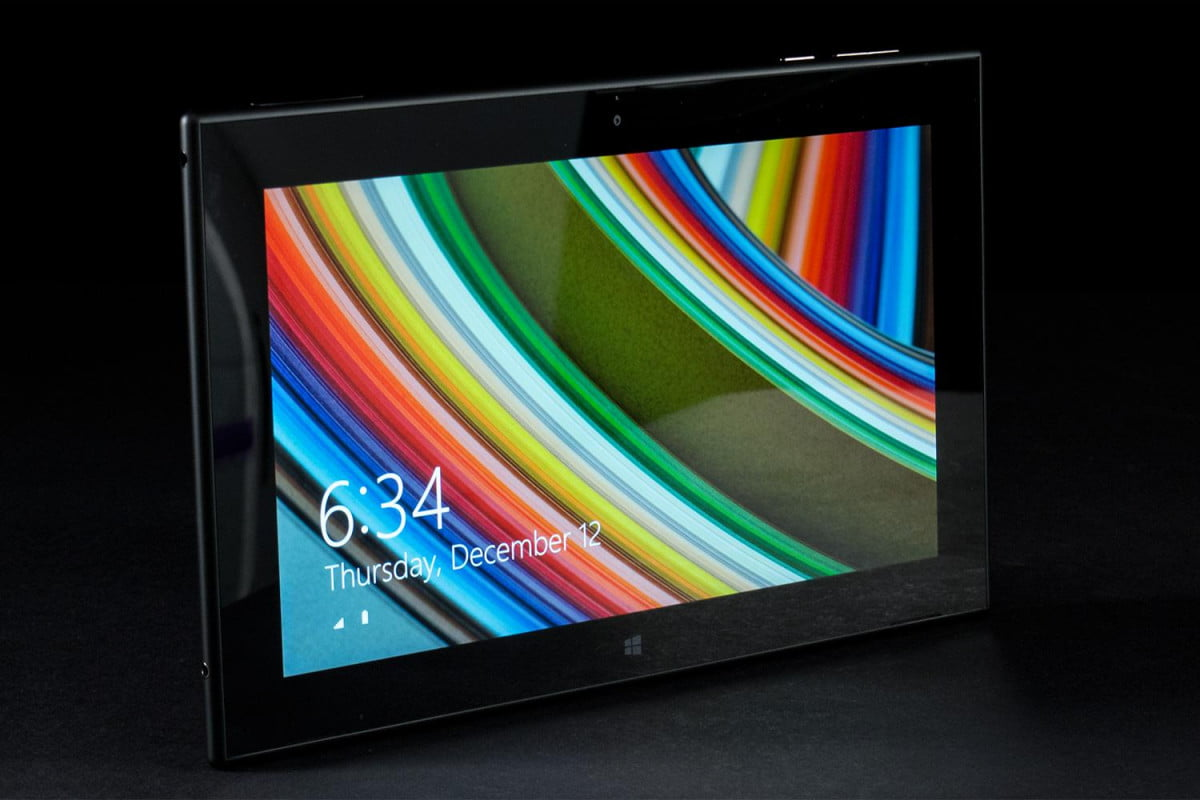 nokia halts lumia  tablet sales due charger shock hazard review front angle right