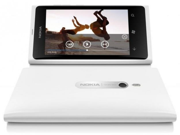 nokia-lumia-800-white-video