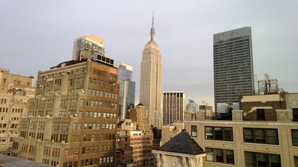 Nokia Lumia 810 review camera sample empire state