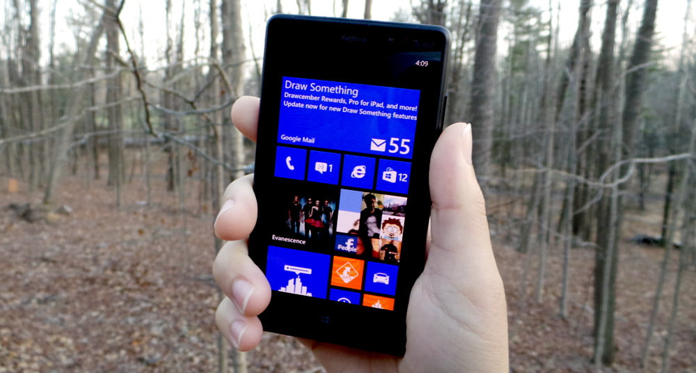 Nokia Lumia 820 review front screen