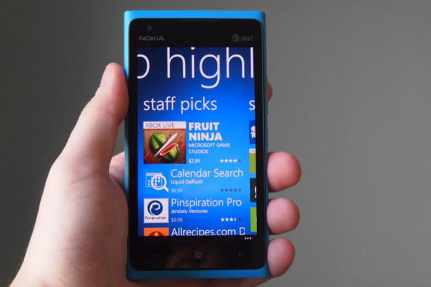 nokia-lumia-900-review-screen