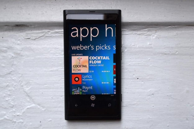 nokia_800_review-black_front-apps