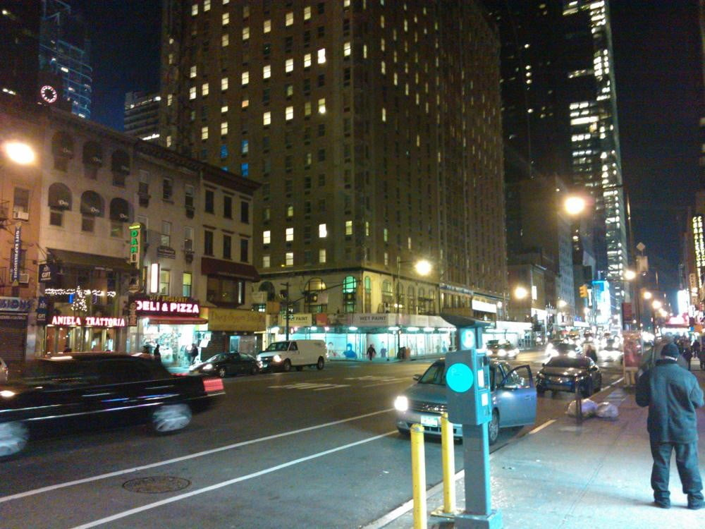 nokia_800_review-sample-photo-night-city