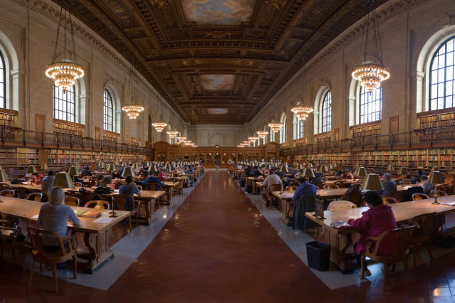 digital checkout new york city libraries sprint offering  hotspots internet deprived nyc public library