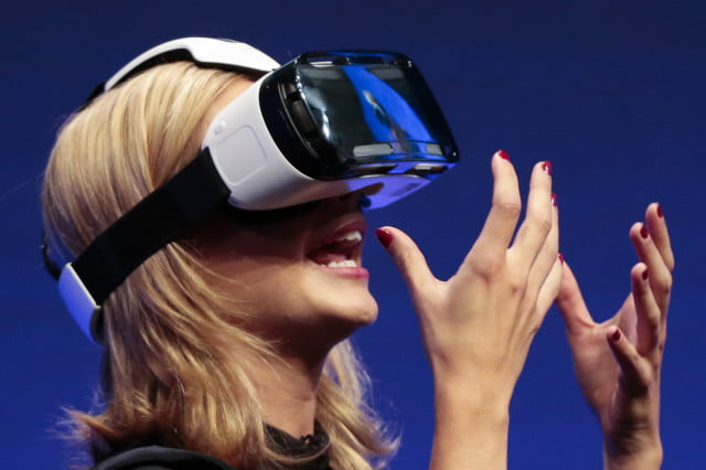 conde nast jaunt vr samsung invisible o virtual reality facebook