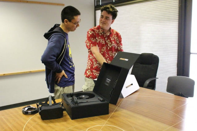 palmer luckey hand delivers first oculus rift delivery ross martin