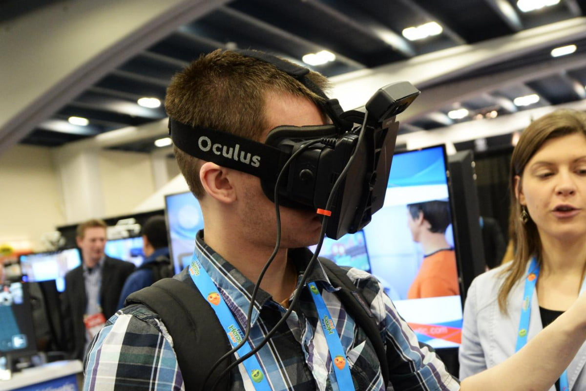 like facebook says working virtual reality versions apps oculus rift gdc  feature
